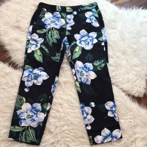 Banana Republic Avery Pant in Chelsea Floral 🌸💙